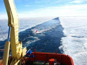 Surveying on the RVIB Palmer in 2014 offshore the Sabrina Coast (Aurora subglacial basin, East Antarctica). Credit: Sean Gulick.